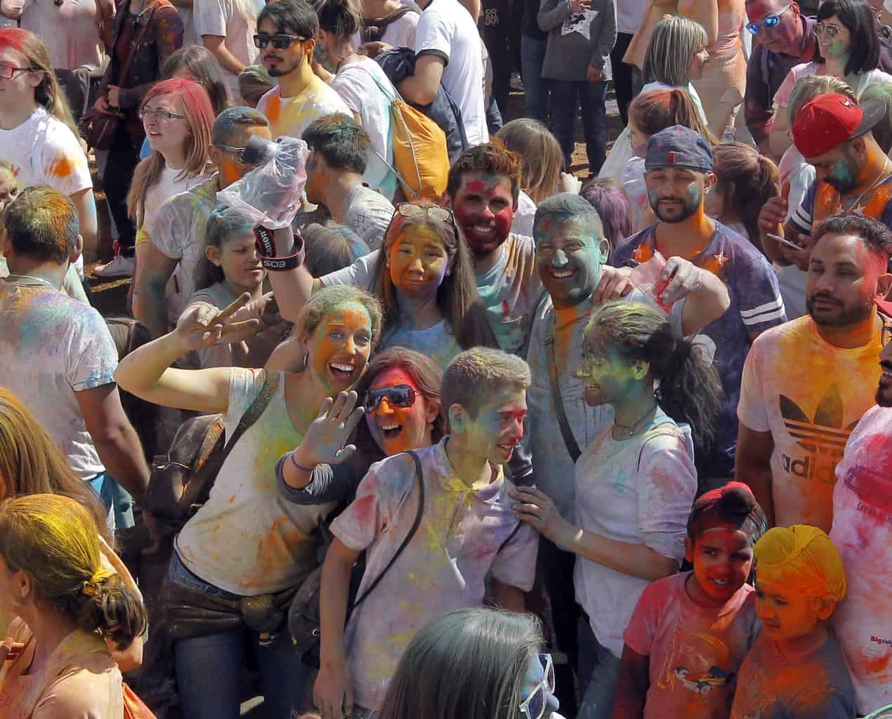 La festa Holi rep aquest diumenge visitants procedents de tot Europa