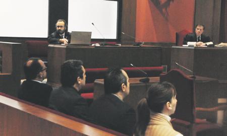 Fernández, los hermanos Bustos y Pérez durante el juicio celebrado en enero