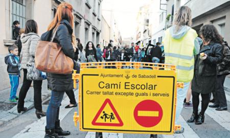 Aquest curs el carrer Capmany, entre Escola Pia i Garcilaso, s'ha estrenat com a camí escolar