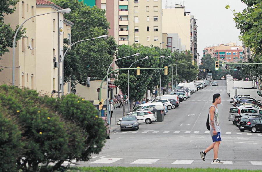 Los vecinos de Espronceda y Campoamor se quejan del deterioro de los barrios y de la falta de seguridad en las calles