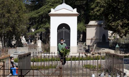 Enterrament Covid-19 cementiri / VR