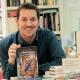 Héctor Lozano presentant el seu nou llibre