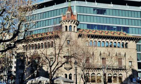 L'edifici que és la seu de la Diputació de Barcelona