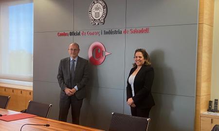 Ramon Alberich i Isabel Martínez, a la presentació i signatura de l'acord de col·laboració