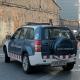 Un cotxe dels Mossos aparcat en un carrer durant una operació polcial