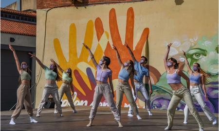 L'escola de dansa Bots al la Mostra de Dansa al Pati de l'Estruch / CEDIDA