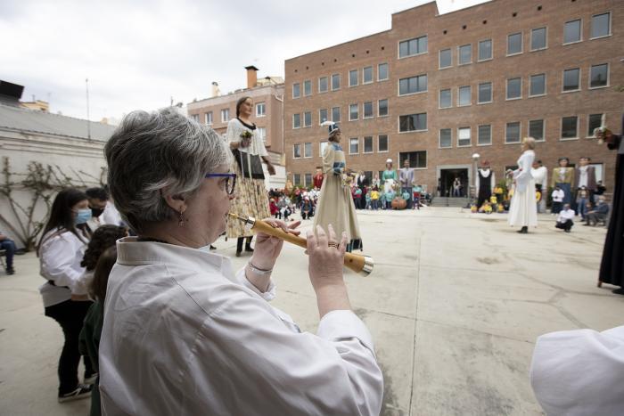 Grallers de Sabadell durant el ball dels gegants / Victòria Rovira