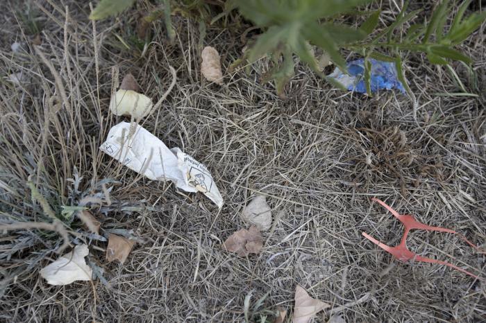 Plàstics i deixalles / VICTÒRIA ROVIRA